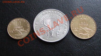 наборы иностранных монет в отличном состоянии - Джибути три 1