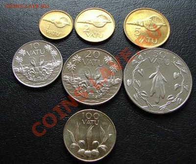 наборы иностранных монет в отличном состоянии - Вануату семь 1