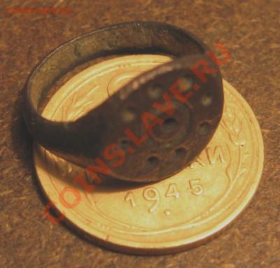 Судя по размеру его носил, более 200 лет назад, ребёнок 3-4лет - IMG_4364