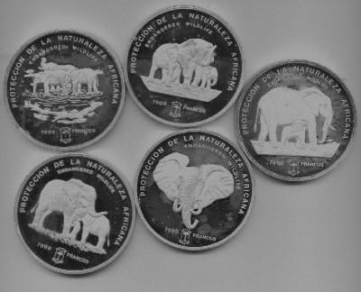 Серебро Экваториальной Гвинеи - Graphic1