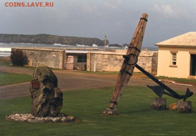 Монеты с Корабликами - HMS Sirius memorial at the Maritime Museum at Kingston, Norfolk Island..JPG