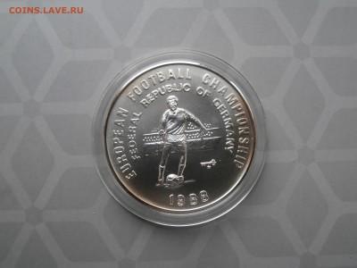 ФУТБОЛ на монетах МИРА - P1051553.JPG