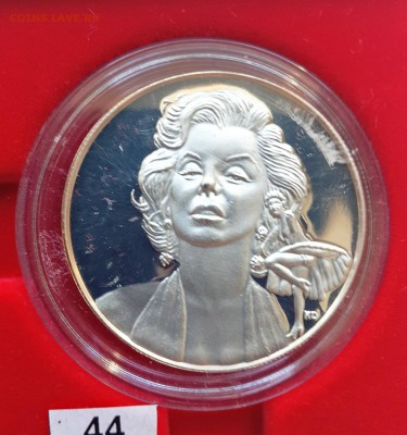 КИНЕМАТОГРАФ на монетах и жетонах - Монро-1