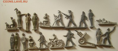 Оловянные солдатики (столбики, моряки, пушки и т.д) 1.10.17 - DSC00933.JPG