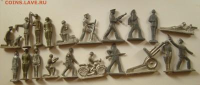 Оловянные солдатики (столбики, моряки, пушки и т.д) 1.10.17 - DSC00932.JPG