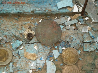 Поиск монет в заброшенных домах - SPxDsnSy_Ns