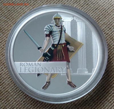 Тувалу 1 доллар 2010 г. Римский легионер. Серебро. Унция - 3