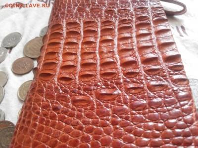 Изделия из кожи крокодила и питона. - 20120101_104655