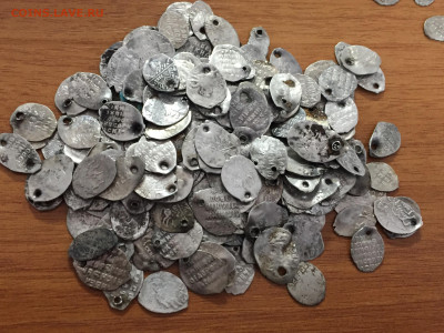 Чешуйки серебро 210 штук - 575D82B6-1794-45BD-A151-245560738FA8
