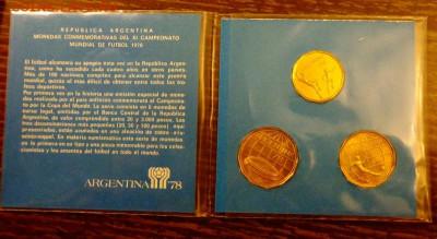 АРГЕНТИНА - ЧМ по футболу БУКЛЕТ до 11.06, 22.00 - Аргентина-78 футбол 3 монеты книжечка-1