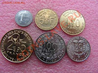 -Иностранных монет наборы- темус дополняемус - КФА Запад 1982-2009-150р (1).JPG