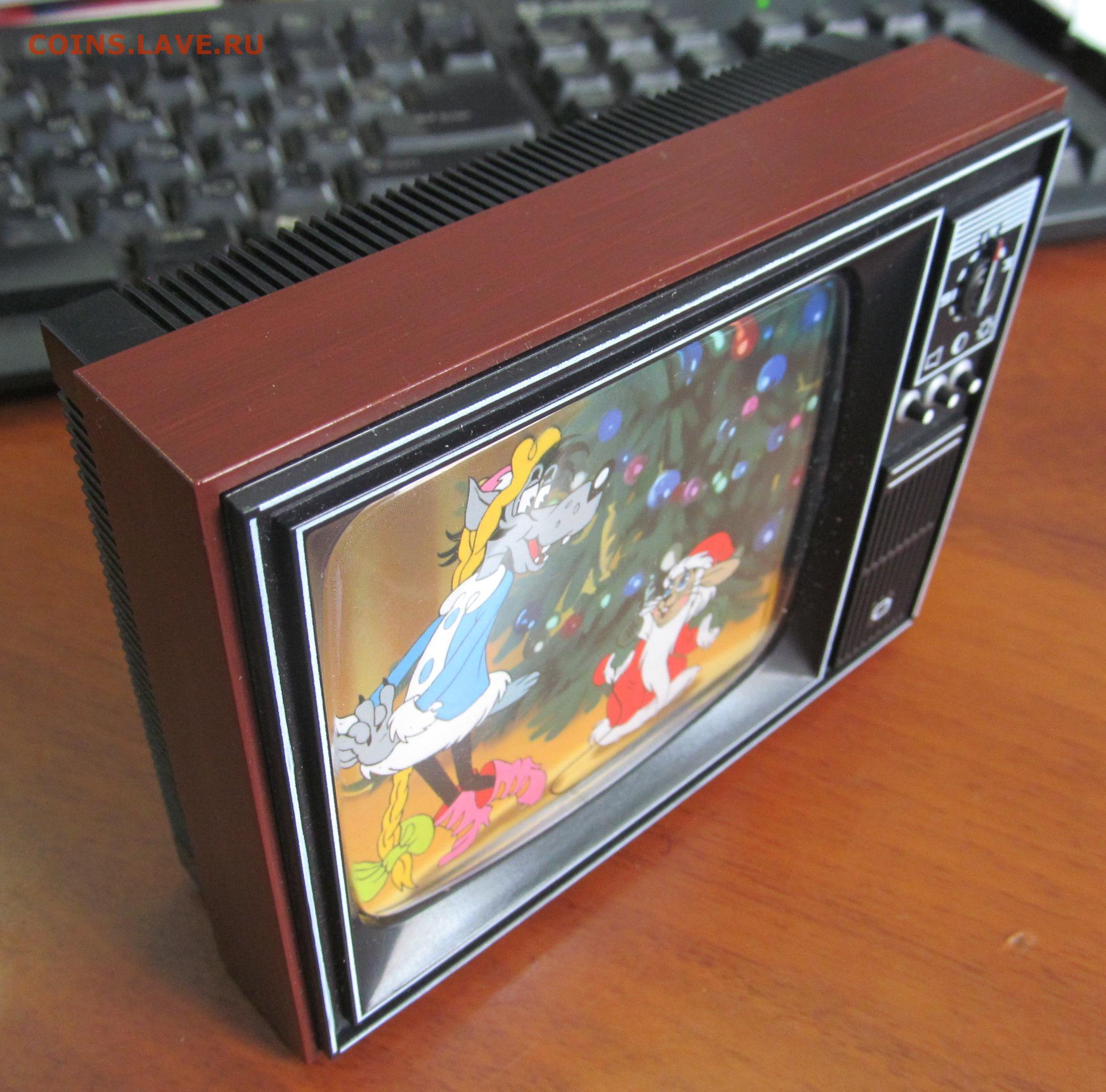 Что и как можно сделать из старого телевизора? Когда умелые руки лучше 13